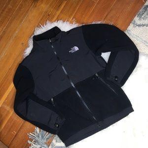 The North Face | Black Zip Up Coat